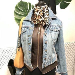 Express light wash jeans jacket size M